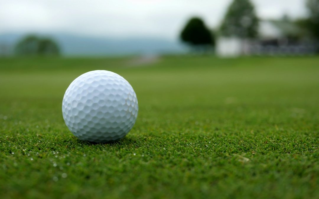 putting greens golf ball - Stockton Artificial Grass