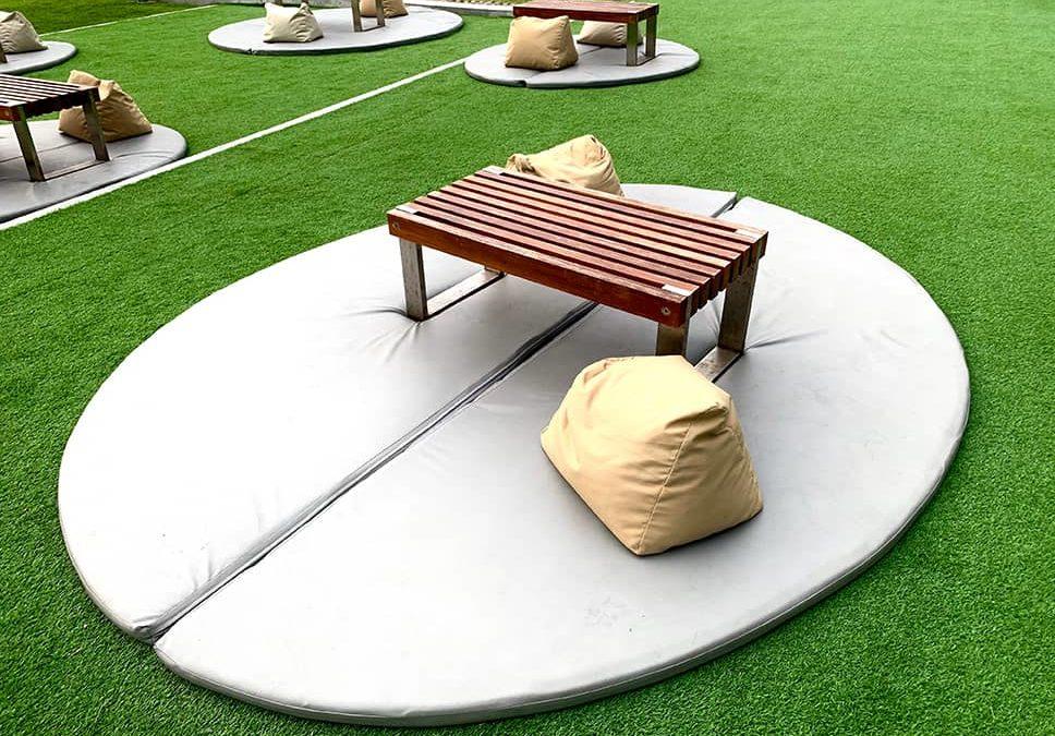 artificial grass outdoor furniture